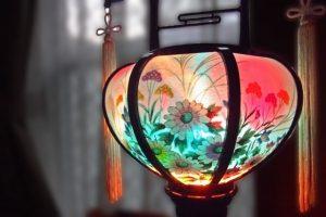 e996a588645a1812a83b26d5499e4855-300x200 お盆の提灯の飾り方・意味について〜期間はいつからいつまで飾るのか〜