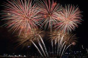 image002-5-300x200 猪名川花火大会2017の日程や時間は?屋台や駐車場・穴場スポットの紹介