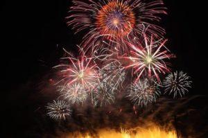 image002-8-300x199 神宮外苑花火大会2017の日程や時間は?チケットや無料の穴場情報