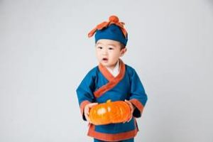 image002-17-300x200 ハロウィンの子供の仮装は100均で揃える!かぼちゃの簡単手作りポイント!