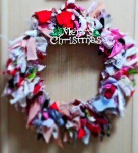 image002-20-271x300 クリスマスの布リースのおしゃれな作り方!100均の材料で簡単手作り!