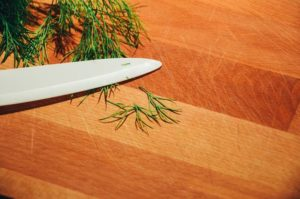 image002-20-300x200 節分の恵方巻きは定番海鮮レシピを!人気のマグロ・サーモン・エビで作る!